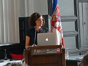 Judith Rahner von der Amadeu-Antonio-Stiftung stellte in ihrem Vortrag die Voraussetzungen einer nachhaltigen Willkommenskultur für die pädagogische Arbeit für und mit geflüchteten Jugendlichen dar.