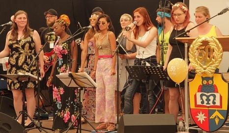 """Musikalische begleitet wurde der Festakt von der Schulband """"Nachtaktiv"""".©Heiko Krause i.A.d. Stadt Marburg"""