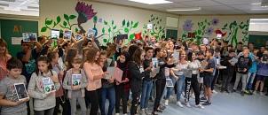 Alle Schülerinnen und Schüler der Jahrgangsstufe acht an der Richtsberg-Gesamtschule nutzen Tablets für den Unterricht.©Stadt Marburg, Patricia Grähling