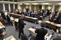 Standing Ovations für den scheidenden Oberbürgermeister.
