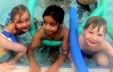 Kinder-Schwimmkurs©Universitätsstadt Marburg
