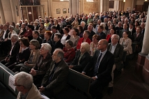 Die Lutherische Pfarrkirche war voll besetzt, so groß war das Interesse.