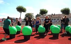 """Das """"Drums Alive""""-Workout mit einer Mischung aus Tanz und Aerobic erfreute sich großer Beliebtheit.©Thomas Steinforth, Stadt Marburg"""