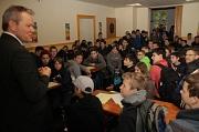 """Oberbürgermeister Dr. Thomas Spies begrüßte etwa 80 Jungen zum diesjährigen """"Boy´s Day"""" im Haus der Jugend."""
