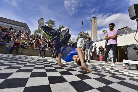 Die Breakdance-Gruppe Funky Harlekinz tritt in Marburg gleich zweimal auf.©Georg Kronenberg