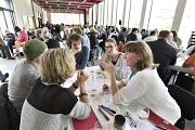 Rund 200 Marburgerinnen und Marburger führten auf Einladung der Stadt zum Auftakt der Bürgerinnen- und Bürgerbeteiligung in World-Café- und Fokusgruppen engagierte Gespräche, sammelten Ideen und Vorschläge, tauschten Erfahrungen aus.