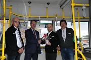 Die Geschäftsführung der Marburger Verkehrsgesellschaft bedankte sich bei dem Busfahrer, der zusammen mit einem Fahrgast Erste Hilfe geleistet hat.