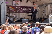 Oberbürgermeister Dr. Thomas Spies spricht beim Straßenfest des CSD Mittelhessen 2019 in Marburg