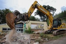 Der Abriss des Nachbarschaftszentrums im Waldtal.©Thomas Steinforth, Stadt Marburg