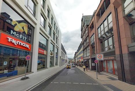 Die Gutenbergstraße wird ab voraussichtlich Montag voll gesperrt. Die Kanäle und Leitungen werden dann erneuert.©Universitätsstadt Marburg
