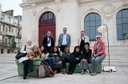 Die Marburger Delegation mit Poitvinern auf dem Sofa