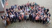 Großes Engagement in Marburg und im Landkreis Marburg-Biedenkopf: Oberbürgermeister Dr. Thomas Spies und Landrätin Kirsten Fründt bedankten sich zusammen mit den Bürgermeister*innen und Vertreter*innen der Kommunen bei ehrenamtlich Engagierten mit der Ehr