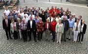 Aus den Händen von Landrätin Kirsten Fründt (2. v. r.) und Oberbürgermeister Dr. Thomas Spies (l.) erhielten 92 engagierte Bürgerinnen und Bürger die Ehrenamtscard.