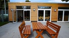 Ein großer Gewinn für das Bürgerhaus Bortshausen ist die neue angelegte Terrasse.