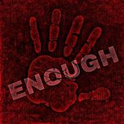 Eine Stopp-Hand, über der Enough steht.