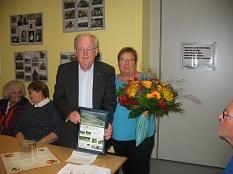 Erika mit Heinrich Löwer werden geehert©Bernd Weimer