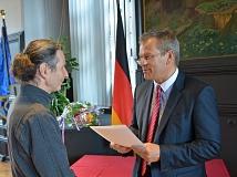 Wolfgang Grundmann (l.) ist neuer und erster Ortsvorsteher in Weidenhausen.