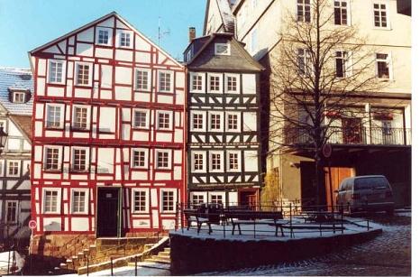 Fachwerkhäuser am Heumarkt,  Foto: R. Kieselbach©Universitätsstadt Marburg - Rainer Kieselbach