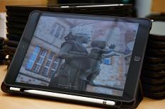 Fertig eingerichtet und einsatzbereit sind die iPads, die die Stadt Marburg den Schulen für digital-gestützten Unterricht zur Verfügung stellt.©Nadja Schwarzwäller i.A.d. Stadt Marburg