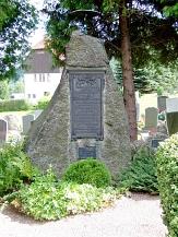 """Gedenkstein in Thal """"Morde Mechterstädt""""©Metilsteiner"""