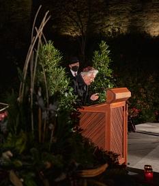 Amnon Orbach, Marburger Ehrenbürger und Vorsitzender der Jüdischen Gemeinde, sprach Gebete.©Patricia Grähling, Stadt Marburg