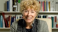 Prof. Dr. Gesine Schwan kommt am 27. April nach Marburg. In der Lutherischen Pfarrkirche spricht sie die Laudatio auf Seyran Ateş.