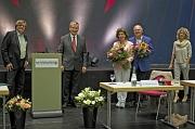 Historisches Stadtsiegel 2020: Oberbürgermeister Dr. Thomas Spies (2.v.l.) zeichnete Susanne und Horst Piringer (3.u.4.v.l.) mit dem Historischen Stadtsiegel aus. Die Vorstandsnachfolge treten Dr. Bernhard Conrads und Dr. Catharina Graepler gemeinsam an.