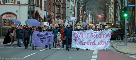 Die Stadt Marburg hat mit einem breiten Bündnis aus Institutionen und Vereinen zu der Demonstration und Kundgebung aufgerufen.©Melanie Weiershäuer i. A. der Stadt Marburg