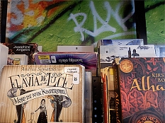 Ausschnitt aus den Angeboten an Jugendhöbüchern©Universitätsstadt Marburg