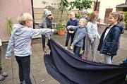 Kinder, Decke, Spiel, Haus der Jugend