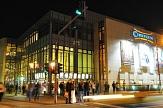 Das Kino Cineplex am Gerhard-Jahn-Platz bei Nacht©Georg Kronenberg