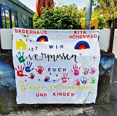 Das Team der Kita Höhenweg wünscht allen Familien weiterhin viel Kraft, Gesundheit und hofft auf ein baldiges Wiedersehen.©Universitätsstadt Marburg