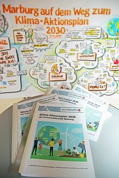 Der Klima-Aktionsplan 2030 ist fertig, am 26. Juni liegt er der Stadtverordnetenversammlung zur Abstimmung vor.©Birgit Heimrich, Stadt Marburg