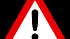 Verkehrszeichenschild Achtung