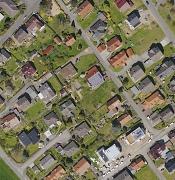 Mit digitaler Technik maßstabsgerecht bearbeitete Luftbilder von Marburg können auch Bürgerinnen und Bürger ab sofort erwerben.