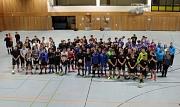 Die Teams stellten sich zur Eröffnung des Turniers auf.