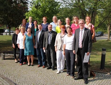 Oberbürgermeister und Landrätin begrüßen die intensive Zusammenarbeit des Netzwerkes Geburt.©Universitätsstadt Marburg
