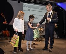 Die musikalischen Beiträge von Gabriel Büneman und Mai Epping erhielten viel Applaus.