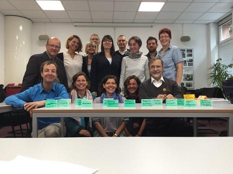 Gemeinsam setzen sie sich für Vielfalt im Arbeitsleben ein: Netzwerk Inklusion Arbeit in Stadt Marburg und Landkreis Marburg-Biedenkopf.©Netzwerk Inklusion Arbeit