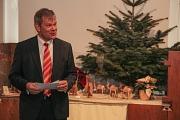 Oberbürgermeister Dr. Thomas Spies eröffnete die traditionelle Krippenausstellung im Rathaus.