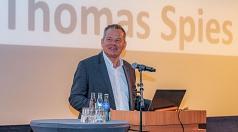 """Oberbürgermeister Dr. Thomas Spies sagte: """"Wenn Wasserstoff als CO2-neutrales Medium aus regenerativer Energie geschaffen wurde, kann er ein Baustein auf dem Weg zur Klimaneutralität sein."""""""