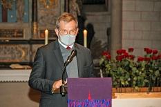 Oberbürgermeister Dr. Thomas Spies sprach ein Grußwort in der Lutherischen Pfarrkirche.©Freya Altmüller, i. A. d. Stadt Marburg
