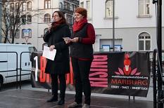 Stadträtin Dr. Kerstin Weinbach (l.) und Frauen- und Gleichstellungsbeauftragte Dr. Christine Amend-Wegmann begrüßten die Teilnehmerinnen und Teilnehmer.©Nadja Schwarzwäller i. A. der Stadt Marburg