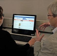 Die Funktionen des neuen Online-Katalogs gehen weit über die einfache Suche von Artikeln hinaus.©Stefanie Profus, i. A. d. Stadt Marburg