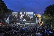 Open-Air-Kino auf der Marburger Schlossparkbühne
