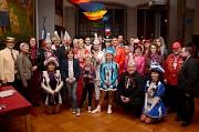 17 Karnevalisten wurden mit dem Magistratsorden ausgezeichnet, 22 erhielten den Hahnorden. Der Historische Saal des Rathauses hatte sich am Dienstagabend noch einmal närrisch präsentiert.