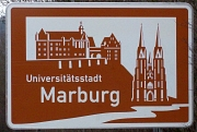 Straßenschild der Universitätsstadt Marburg