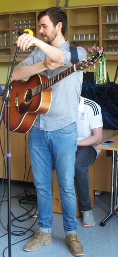 Musiker mit Gitarre©Bernd Weimer