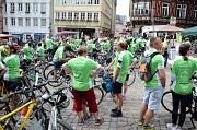 Etwa 100 Radler warben auf der Tour nach Kirchhain am Samstag für das Thema Organspende.