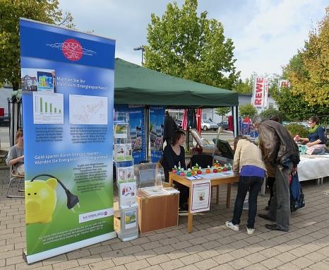 Vorstellung des Energiekonzepts Richtsberg auf einem Fest im Stadtteil
